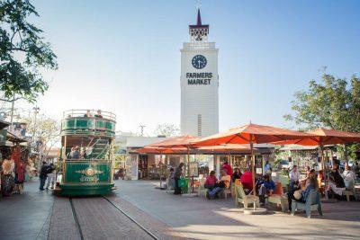 farms-market-trolley-clock-tower
